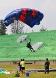 Preparação do campeonato de salto de paraquedas militar do mundo Fotografia de Stock Royalty Free