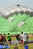 Preparação do campeonato de salto de paraquedas militar do mundo Fotos de Stock Royalty Free