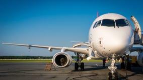 Preparação dos aviões para o voo Foto de Stock Royalty Free