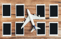 Preparação para o conceito de viagem, avião com quadro da foto Fotografia de Stock Royalty Free