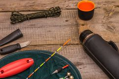 Preparação para a pesca Ferramentas da pesca Rede e flutuadores de pesca Fotografia de Stock Royalty Free