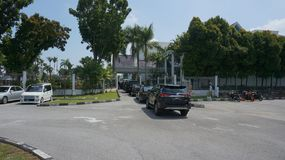 Preparação para a sultão Perak Sultan Nazrin que parte de Bangunan Dewan Darul Ridzuan fotos de stock