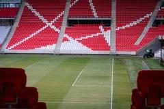 Preparación de la hora para el campo de fútbol foto de archivo libre de regalías