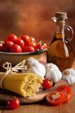 Preparación de las pastas italianas del espagueti Fotografía de archivo