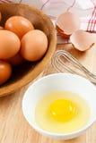 Preparación de los huevos Fotografía de archivo libre de regalías