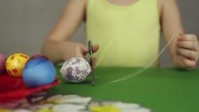 Preparación de los huevos de Pascua, el banquete del passover metrajes