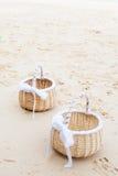 Preparación de una boda en la playa Fotos de archivo libres de regalías