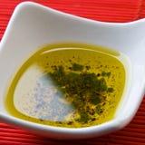 Preparación del aceite y de la pimienta de oliva Fotos de archivo libres de regalías