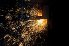 Preparación del acero para echar y hacer bastidores Fotografía de archivo libre de regalías
