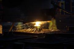 Preparación del acero para echar y hacer bastidores Foto de archivo