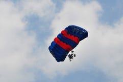 Preparación del campeonato que se lanza en paracaídas militar del mundo Fotos de archivo