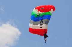 Preparación del campeonato que se lanza en paracaídas militar del mundo Fotografía de archivo