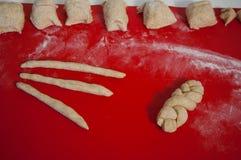 Preparación del rollo de pan foto de archivo libre de regalías