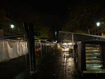 Preparación para abrir un marketmarche del aire abierto Imagen de archivo