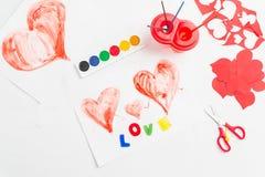 Preparación para el día de tarjeta del día de San Valentín fotos de archivo libres de regalías