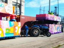 Preparación para Mardi Gras New Orleans Louisiana 2019 foto de archivo libre de regalías
