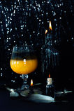 Preparación de la poción mágica Bebidas de Halloween Imagen de archivo libre de regalías