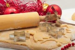Preparando cookies do Natal Imagem de Stock