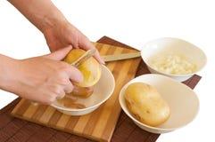 Preparando ingredientes da refeição Fotos de Stock Royalty Free