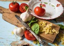 Preparando o alimento Imagens de Stock