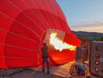 preparando o balão imagem de stock royalty free