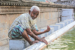Preparando-se para Namaz, Islã (wudu) Imagem de Stock Royalty Free