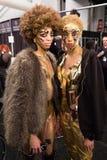 Preparar-se dos modelos de bastidores no desfile de moda do FTL Moda durante a queda 2015 de MBFW Foto de Stock Royalty Free