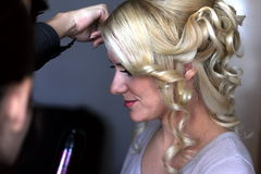 Preparation hairstyles for wedding Royalty Free Stock Images