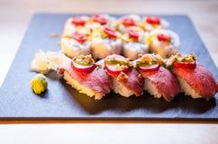 Preparato dei sushi di maki e di Nigiri Fotografie Stock