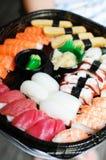 Preparato dei sushi di maki e di Nigiri Fotografie Stock Libere da Diritti