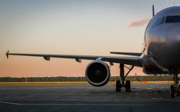 Preparazione degli aerei per il volo Immagini Stock Libere da Diritti