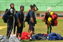 Preparazione del campionato paracadutante militare del mondo Immagine Stock