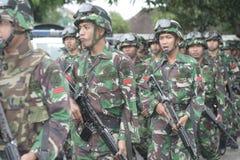 Preparazione dell'esercito nazionale indonesiano nella città di Java Security solo e centrale Fotografie Stock Libere da Diritti