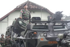 Preparazione dell'esercito nazionale indonesiano nella città di Java Security solo e centrale Fotografia Stock Libera da Diritti