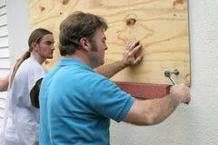 Preparazione di uragano - lavoro di squadra fotografie stock libere da diritti