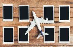 Preparazione per il concetto di viaggio, aeroplano con la struttura della foto Fotografia Stock Libera da Diritti