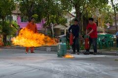Preparazione per l'esercitazione antincendio Immagini Stock Libere da Diritti
