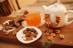 Prepare cookies saborosos Conceito de família Foto de Stock