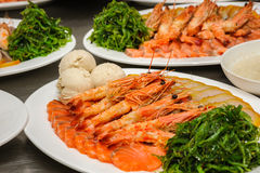 Prepared shrimps, chuka and Vorschmack Stock Photography