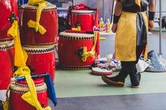 Prepareing för show för vals för okinawa ` s Arkivfoton