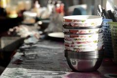 Prepari l'attrezzatura e la disponibilità di un ristorante della Tailandia Fotografie Stock