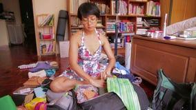 Preparing bag for travel