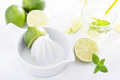 Preparing lime mojito lemonade Stock Photography