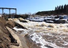 presa Barga River Zelenogorsk, territorio de Krasnoyarsk Fotos de archivo libres de regalías