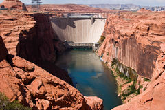 Presa hidráulica de la energía eléctrica Imagen de archivo libre de regalías