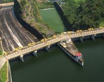 Presa hidroeléctrica Fotos de archivo