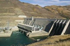 Presa hidroeléctrica Fotos de archivo libres de regalías