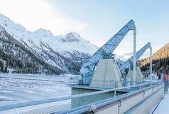 Presa hidroeléctrica del lago de Gioveretto (Zufrittsee) Foto de archivo libre de regalías