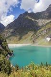 Presa y lago artificial, montañas Orobie, Bérgamo de Barbellino, foto de archivo libre de regalías