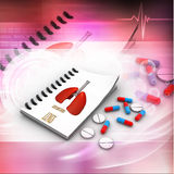 Prescription de pharmacien avec des pilules Photographie stock libre de droits